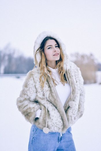 Winter Cold Temperature Snow Warm Clothing Lifestyles Front View Young Women Beautiful Woman Young Adult Portrait Standing Looking At Camera Real People One Person Leisure Activity Nature Weather Long Hair Beauty Outdoors Fashion Romania