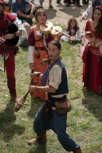 Medievale Trouvère Ménestrel Photo Around You Autour De Chez Moi Middle Ages Juggler Jongleur