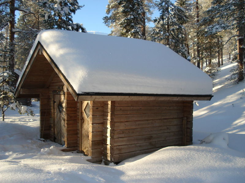 It's Cold Outside Showcase: January Taking Photos Snowminimals Snow ❄ Snow Wintertime Winter Snowing Cold Winter ❄⛄ Cottage Cold Frozen Snowy Finland Lapland Nature Snow Day House Wooden House Cold Day Wood House Exploring Forest Backgrounds Been There.