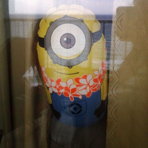 peeping minion Minionsgoingplaces Peepintom Creeper
