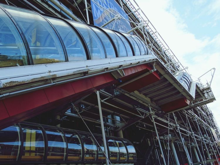 Architecture Built Structure Building Exterior Low Angle View Transportation Outdoors Business Finance And Industry Day Bridge - Man Made Structure No People Modern Sky City Low Angle View Paris❤ Centre Pompidou Cityscape Pompidou Museum Travel Destinations City Paris ❤ Pompidou Center Architecture Travel Destination Close-up