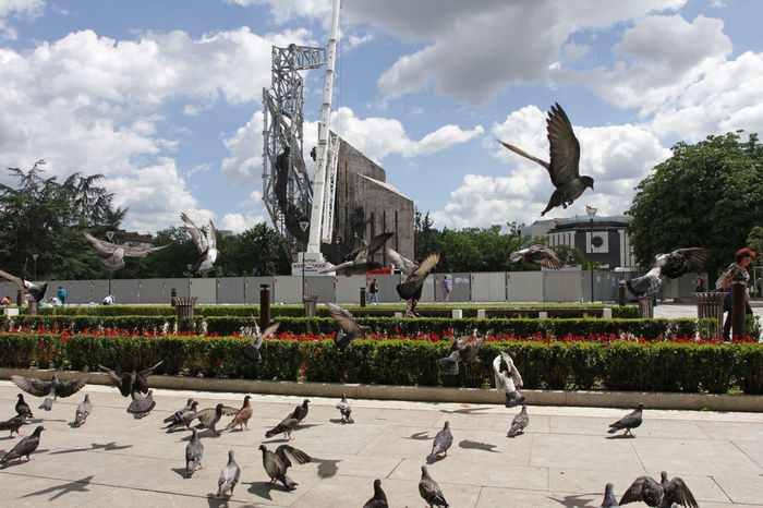 "Demolition of the monument ""1300 years of Bulgaria"" near by NDK in Sofia, Bulgaria – july 4, 2017. Architect of the monument is Valentine Starchev, build in 1981 during the Communist regime Communist Monument Monument 1300 Years Of Bulgaria Ndk Bulgaria Communist Architecture Communist Regime Comunism Monument National Palace Of Culture Pigeons Régime Sofia Square"