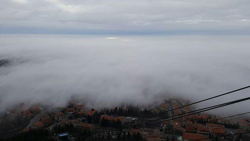 Borgo Maggiore avvolto nella nebbia Sanmarino Fog Clouds Centrostorico Citta Repubblicadisanmarino IGDaily Republicofsanmarino Italy Emiliaromagna Panorama Panoramicview