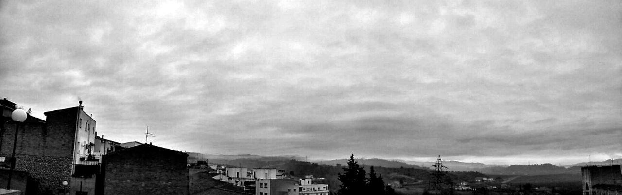 Streetphotography Blackandwhite Black And White Catalunya Black & White Streetphoto_bw Catalonia Paisatges Catalans EyeEm Black&white! Bineural