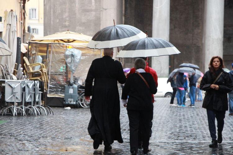 OpenEdit Italy Traveling Rain Rome