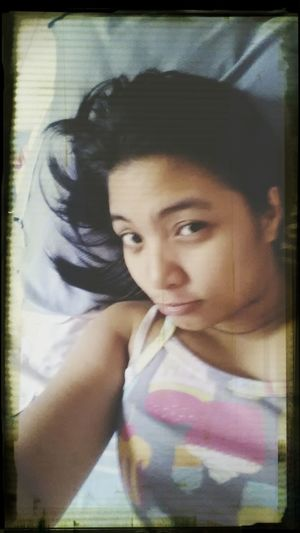 rainy aftie.. super sleepy and need to go to work later.. =)