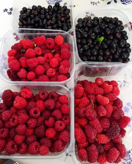 Fruits And Vegetables Fresh Food Photography Food And Drink Fresh Fruits Fruits Fruit Blackcurrant Raspberries Loganberries Tayberries Berries Punnet Summer Fruits