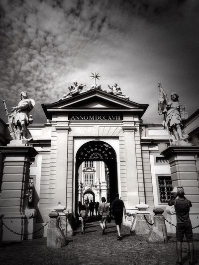 Star gate or the first door Blackandwhite Photography Blackandwhite Bnw_collection Bnw_life Bnw_captures Bnw_gateway2018 Bnw_friday_eyeemchallenge Statue Sculpture Architecture Built Structure Building Exterior Outdoors Travel Destinations Low Angle View
