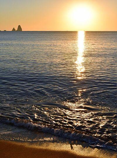 Fresh morning to everybody 💛 Sea Sea And Sky Sunset Mediterranean  Estartit Illes Medes Calm Sun Reflection