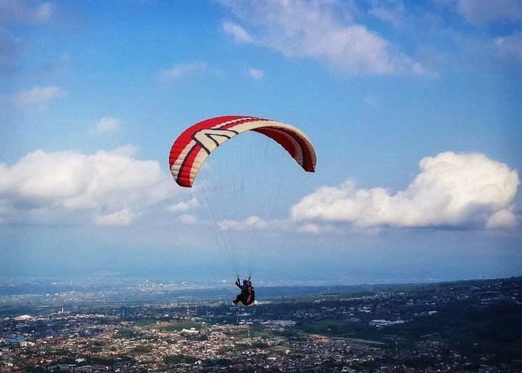 People And Places View From Above View From The Top Parachute Fly Flying High Angle View View Views Mountain View Person Place City City View  INDONESIA Landscape Landscape_photography Nature Paralayang Top Perspective Cold Temperature Cold City View  Mountain Range Colors
