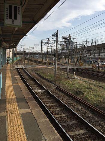 線路 Railway Railroad Railwaystation Railway Station ホーム