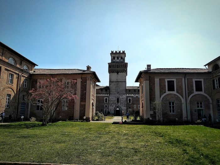 Chignolo Po, Marzo 2019 Hdr_Collection Outdoors Castle Historical Building Architecture Building Exterior Built Structure
