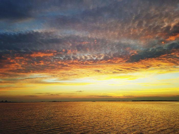 Seascape Sunset Dramatic Sky Sky Landscape Cloud - Sky Romantic Sky Coast Atmospheric Mood Moody Sky