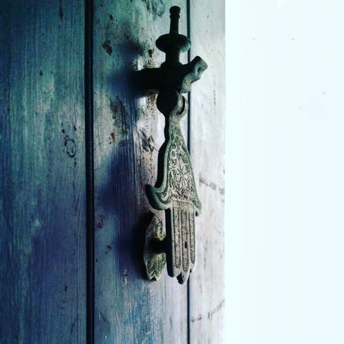 E•den Hamsa Hand Tarifa Details In Close Up Door Wood - Material Door Knocker No People Close-up Full Frame Protection Day Outdoors Latch EyeEmNewHere
