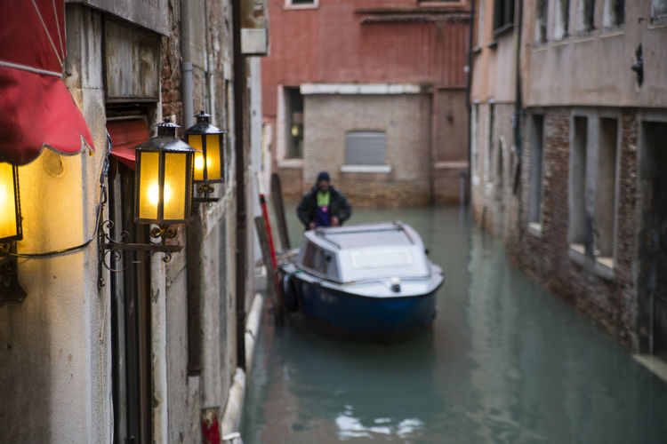 Architecture Canals And Waterways Italy Real People Street Streetphotography Venice Water Work