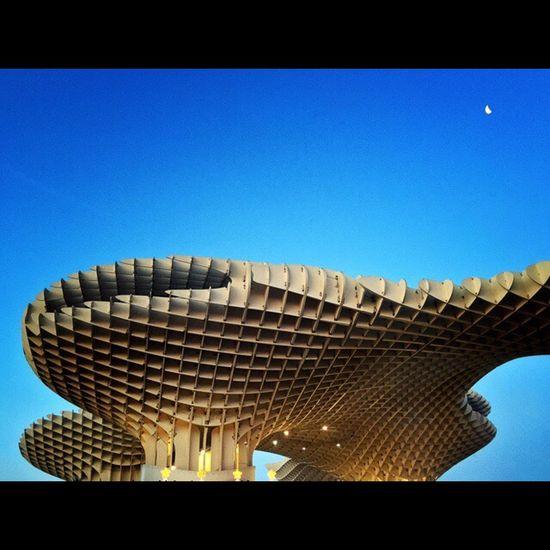 Metropol Parasol, Sevilla. EyeEm Best Shots Architecture NEM Architecture Youmobile AMPt_community Mobilephotography EyeEm Best Shots - Architecture Modern Architecture Metropol Parasol Awesome Architecture Colour Of Life