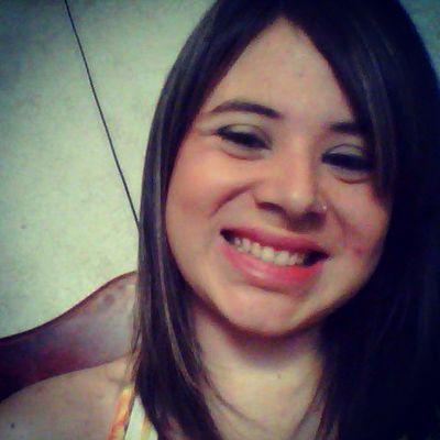 Da vida não espero muito, mas pra ela carrego força de uma proporça imensa... sorrirViver Sair Beber Curtir