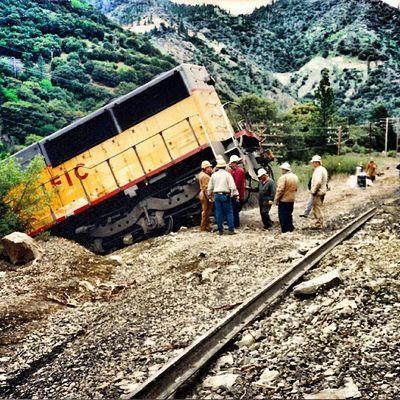 Derailed Train_nerds Trainspotting Trailblaxers_rurex Nexus_soldier nexus_nation heyfred_lookatthis rail_barons rsa_theyards royalsnappingartists rsa_ladies bipolaroid_asylum igaa urbex_lady