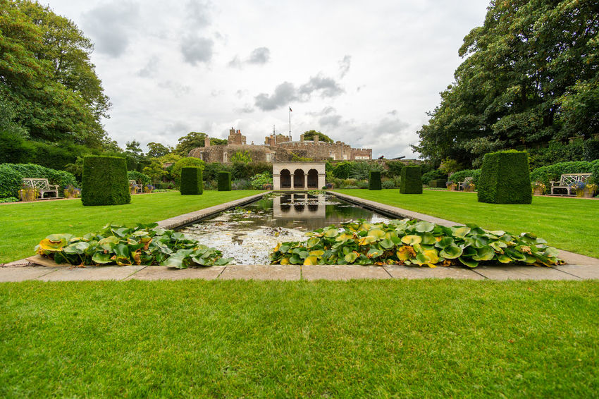 Walimex 12mm Walmer Castle & Gardens Architecture Beauty In Nature Building Exterior Built Structure Cloud - Sky Day Grass Green Color History Lawn Nature No People Outdoors Sky Travel Destinations Tree