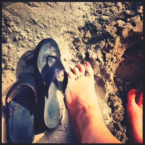 Flip Flops Hello World Beach Life Sandy Feet