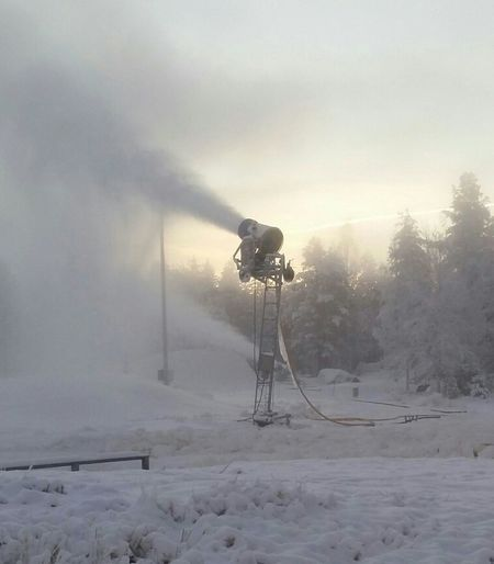 Fog No People Outdoors Snowmaking Machine