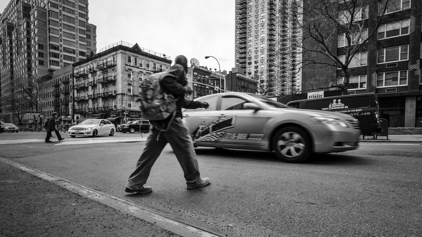 Jaywalking Streetphotograpy Streetphoto_bw Monochrome Black & White New York City