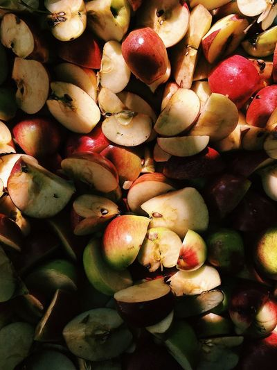 Cuted apples in sun and shadows verical mobile Mobile Photography Vertical Sun Light Shadow Cuted Cutted Apple EyeEmNewHere Mobile Close-up Healthy Eating Food Fruit No People Organic Backgrounds Healthy Lifestyle Plant Apple - Fruit Freshness Agriculture Nature EyeEmNewHere