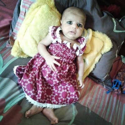My sweet niece love u :-*:-*