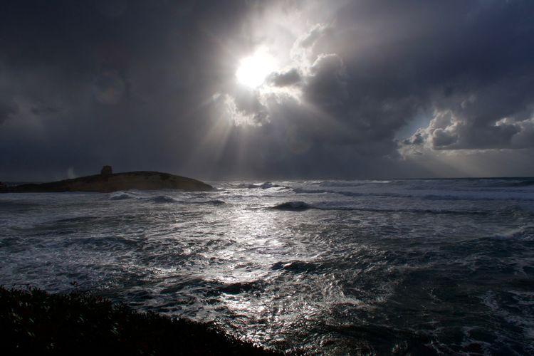 Storm break Sky