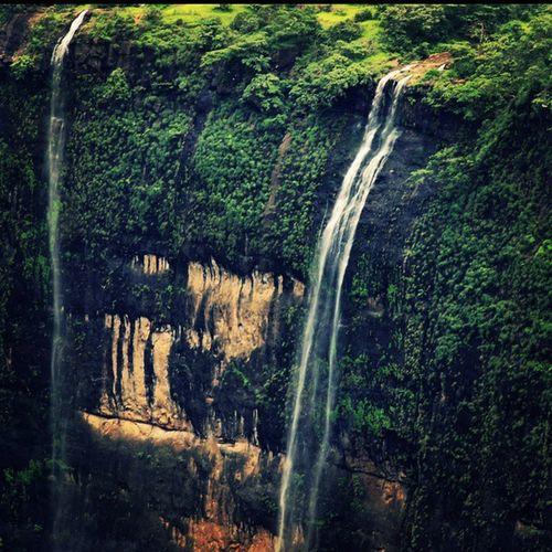 Waterfalls at Kothaligadh... Club_nature Nature_sultans Nature_shooters Nature_specialist ig_shotz mumbaikars_repost ig_captures photo_orchid waterfalls