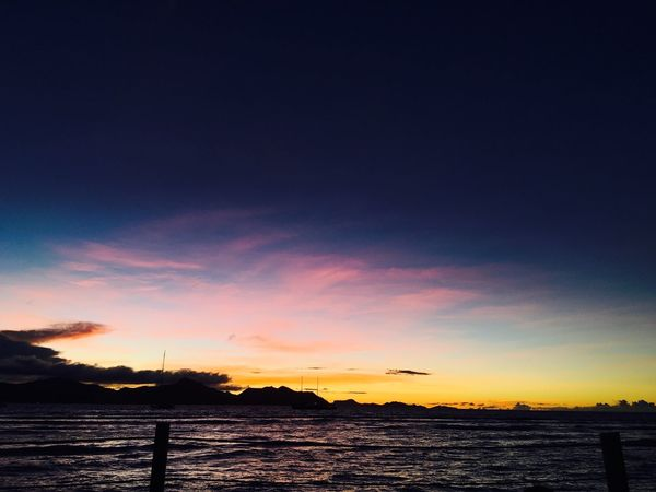 Beauty In Nature Nature Sky Sunset Sea Outdoors Gradation Seychelles La Digue 여행 노을 자연 색깔 풍경 평화