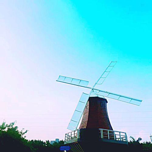 Windmill Houses Wind Turbine Wind Power No People Tall Blue Beautiful Windmill Beautiful Tree