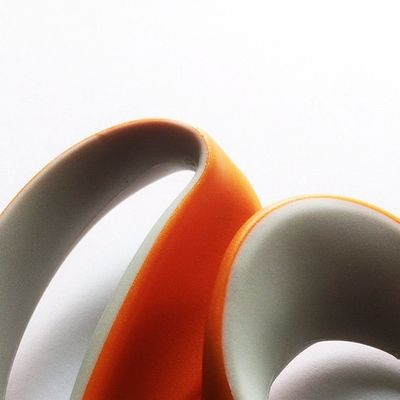 Le sexyness of Abstract, le hotness of the Curves, le horror of Monday. #haiku Haiku Constructivism Constructivist Abstractporn Officesuppliesporn Abstract Scissors Orange Monday Curves Minimalism Minimalist Closeup