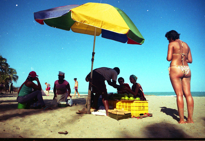 Ordinary beach day in Palomino 35mm 35mm Film 35mmfilmphotography Colombia Guajira Life Is A Beach Palomino Avocado Beach Group Of People Leisure Activity Lifestyles Nature Real People Staybrokeshootfilm Vacations Water