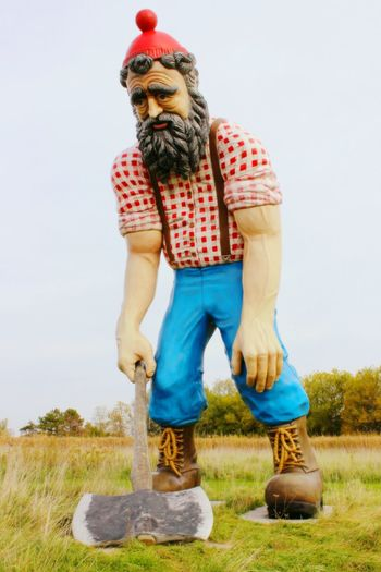 Paul is sad Beard Outdoors Paulbunyan Sculpture Large Looking At Camera Portrait Tired Statue