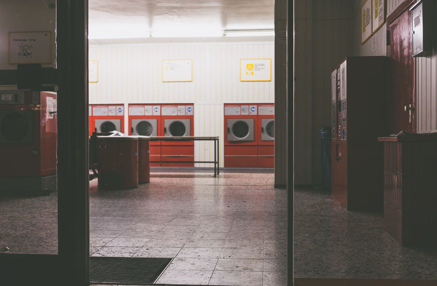 City Laundry Laundry Day At Night Deserted Doing Laundry Dry Dryer  Empty Laundromat Laundy Shop Shop Urban Washing Machine Wäsche Wäscherei Stories From The City The Still Life Photographer - 2018 EyeEm Awards HUAWEI Photo Award: After Dark #urbanana: The Urban Playground