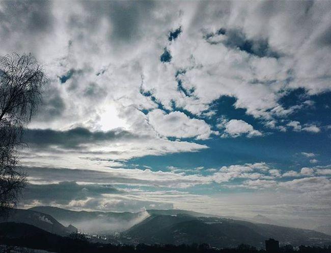✌ Beautiful Sky Amazing Cloud Wonderful View School Instaphoto Instasky Vscosky Instalike Photo Photooftheday Instagood Instadaily Instamood InstaVsco Photography Phone Huawei P8 P8lite VSCO Vscocam Vscotrees vscogood vscophile vscoczenature vscocze vscoczech