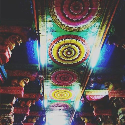 Ancient wall paintings! 😍Paintings Colors Designs Beautiful MeenakshiTemple Meenakshiammantemple Madurai Indiantemple India Southindia _soi Instatravel Travel Travel Traveljournal Pixelpanda_india Incredibleindia Picturesofindia Indiapictures Beautifulindia Hippieinhills Indiatravelgram Desi_diaries India Indianarchitecture temple temples indiaclicks