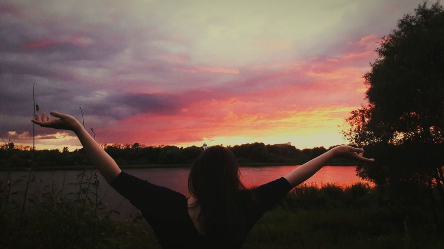Sunset One Person Sky Beauty In Nature Outdoors People Sillouette Pinksky Nature River Coast Girl Russia Illuminated Cloud - Sky
