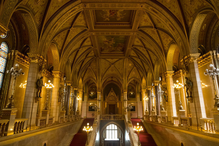 43 Golden Moments Hungary, Budapest Parliament