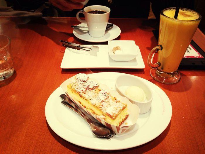 チーズケーキ美味しすぎるよ!!!! Cafe
