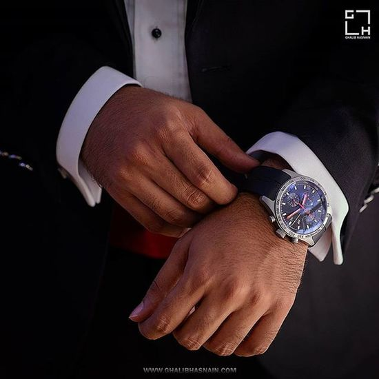 Diner's Suitings Style Men Watch Blacknwhite Suitings Meninstyle @mensfashionpost @meninthistown @highfashionmen Ghalibhasnainphotography Ghalibhasnain @diners