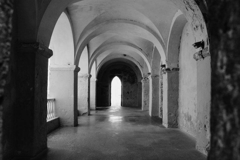 Castillo Arch