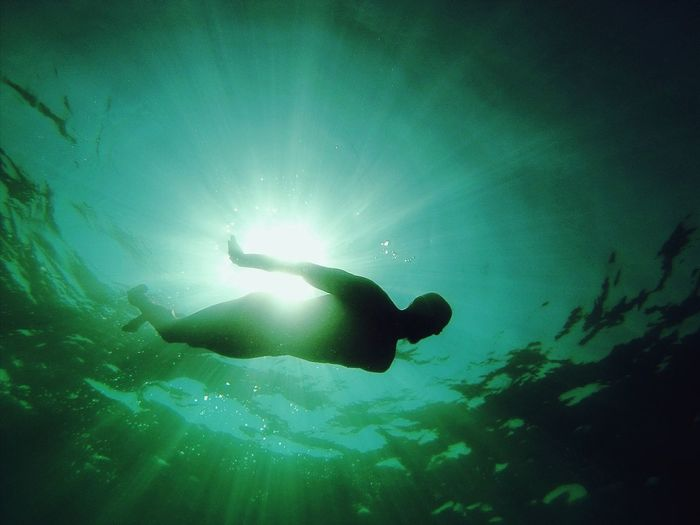 Swimming Me Underwater Diving Siluet Water Free Capture The Moment The Moment - 2015 EyeEm Awards Quiet Moments Sun Swimming Time Swimmer Siluetphoto Peace Ocean Diving Time Nature Nature_collection Showcase: November