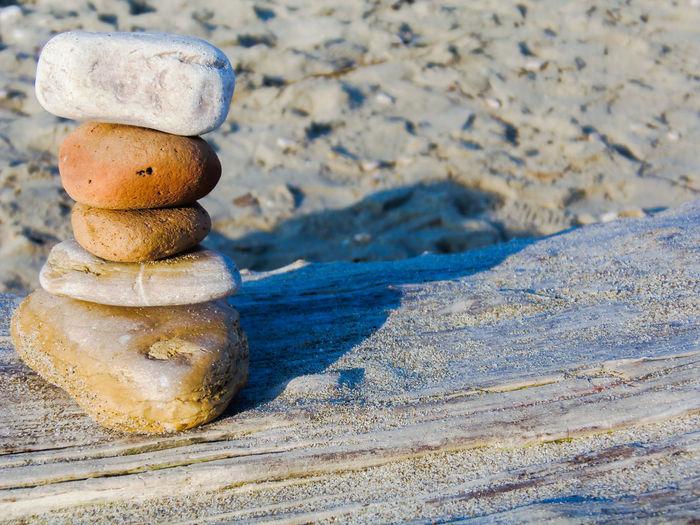 Alba Adriatica Beachphotography Sand Stone Balancing Stone Shadow Stones On The Wood Tranquility Wood - Material Summer Exploratorium