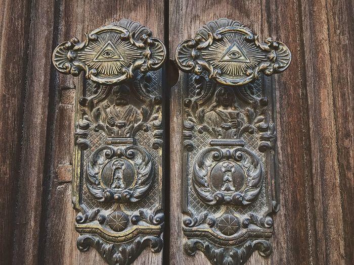 Door Close-up