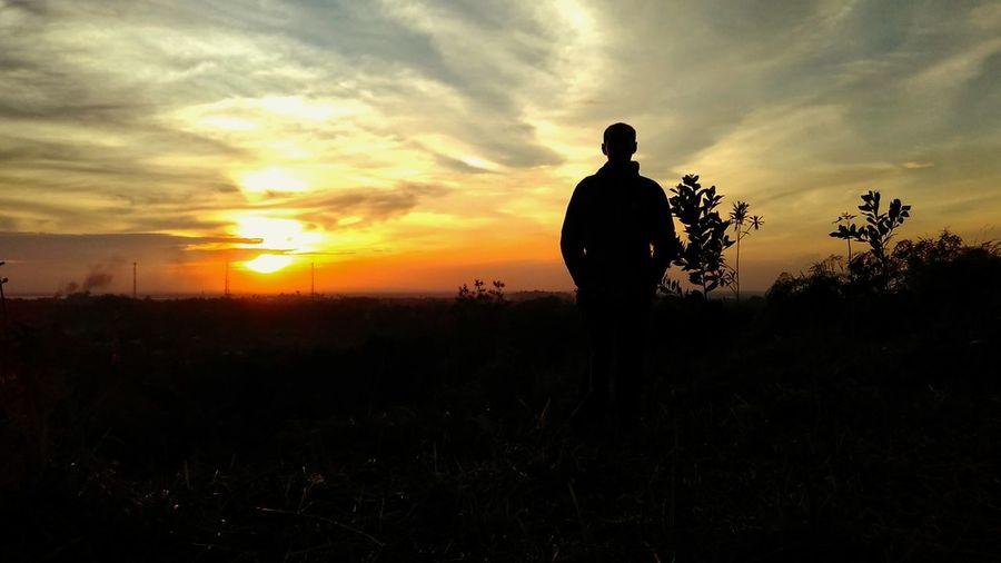 Catching sunset First Eyeem Photo