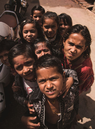 The kids of Jaisalmer ... People Rajasthan Jaisalmer Travel Exploring Streetphotography Tradition Cultures India Desert Lifestyles Life Kids Storytelling Emotion Hot Day Hostile Faces Of EyeEm Friendship Young Women Men Women Group Of People Togetherness Portrait Crowd The Photojournalist - 2019 EyeEm Awards The Portraitist - 2019 EyeEm Awards The Traveler - 2019 EyeEm Awards The Street Photographer - 2019 EyeEm Awards