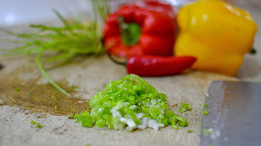 Chopped Close-up Food Food And Drink Freshness Fruit Green Color Healthy Eating Herb Indoors  No People Pepper Preparation  Raw Food Red Selective Focus Still Life Table Vegetable Wellbeing