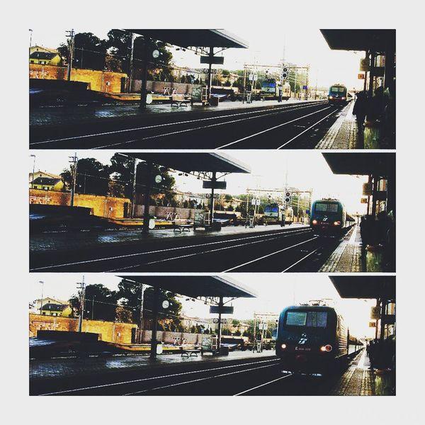 """""""Hai oresente quando sei fermo in stazione, parte il treno ma in realtà è quello di fianco che si muove e non il tuo ? Ecco così è la vuta. Train Cesena Sunnyday Stationtrain Oldpic Wanderlus 🎈👻"""